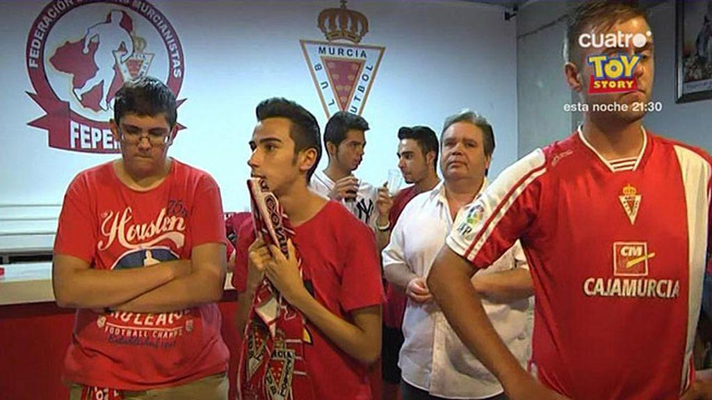 El disgusto que los peñistas del Murcia se llevaron al saber que jugarán en Segunda B