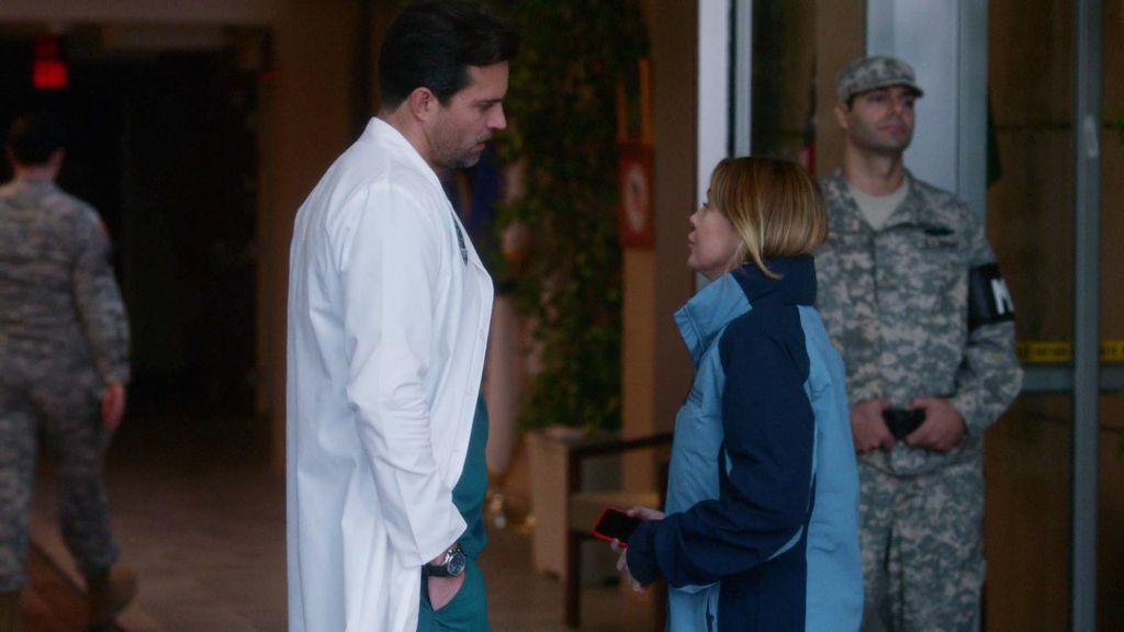 Thorpe quiere volver a ver a Meredith...¡y ella le da su teléfono!