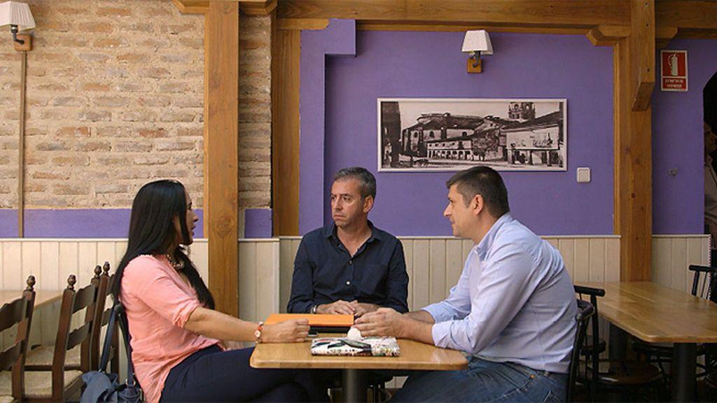El debate entre Mónica González (PSOE) y Rafael Ripoll (España 2000)
