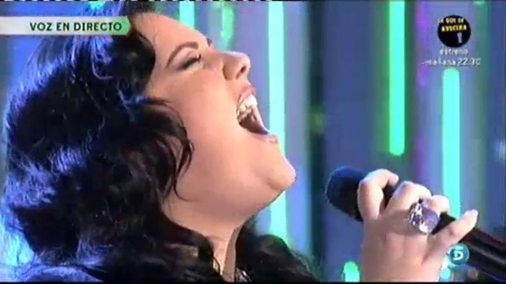 Paola González interpreta 'Lo siento mi amor'
