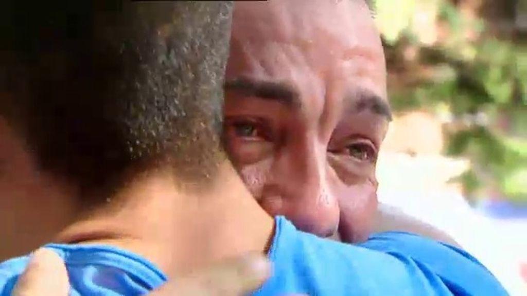 Padre e hijo por fin hablan sin discutir
