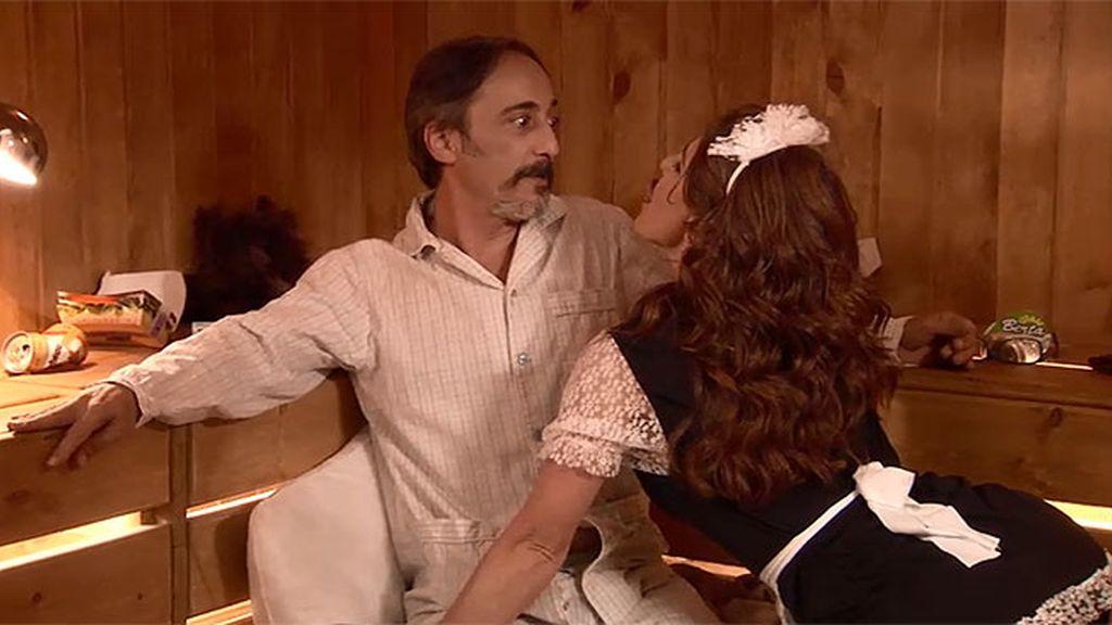 Pilar intenta reconciliarse con Julián