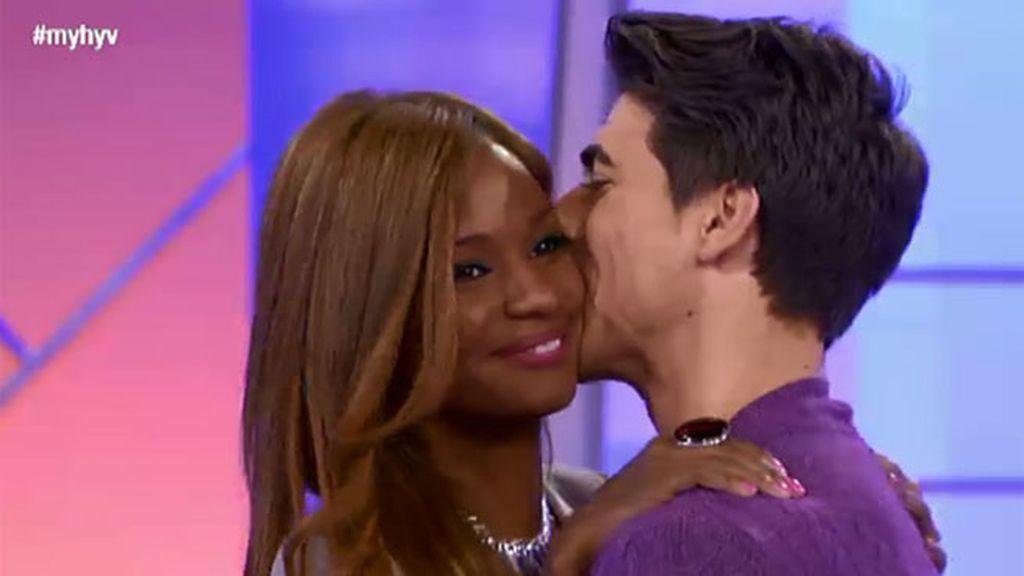 Josi se ha ganado el primer beso de Liz