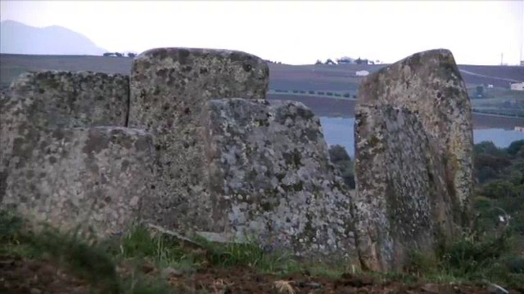 La luz del dolmen de Magacela: un misterio de cinco mil años de antigüedad