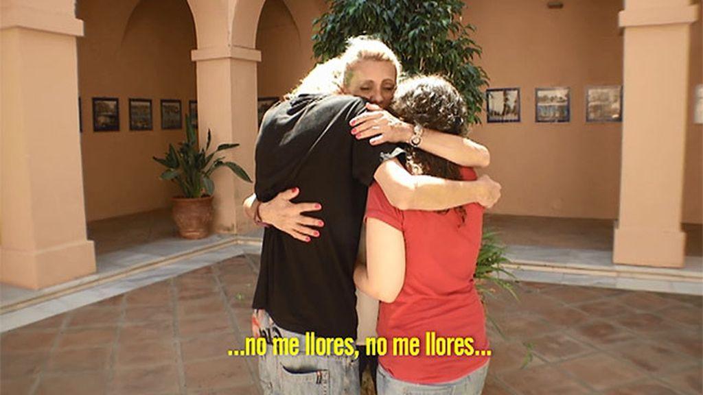 María y Ricardo se reconcilian con su madre