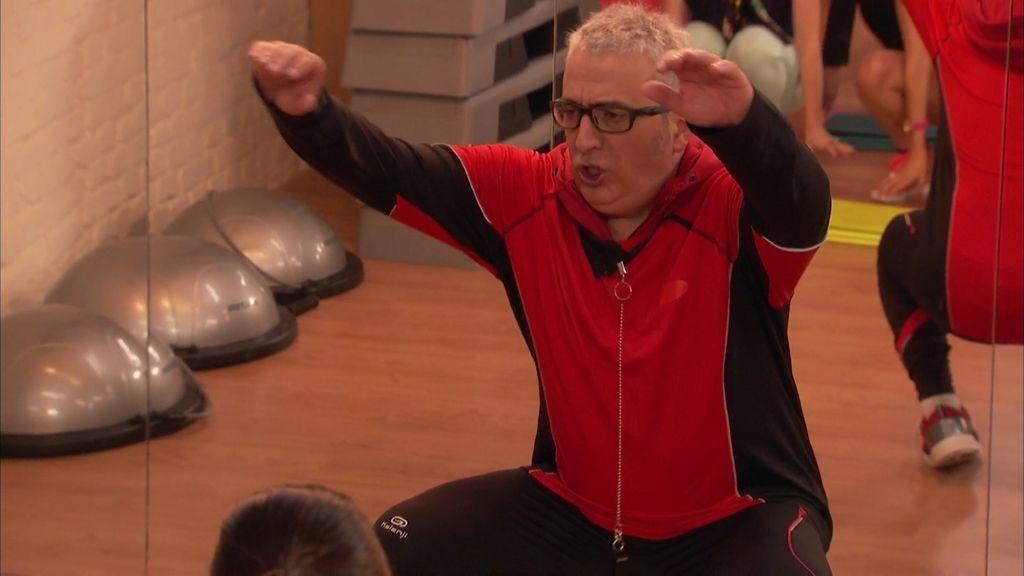 El salto del berberecho y otras lecciones magistrales de los monitores del 'Gym Tony'