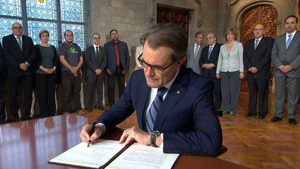 Mas, Ortega y Rigau, imputados por la consulta soberanista del 9N