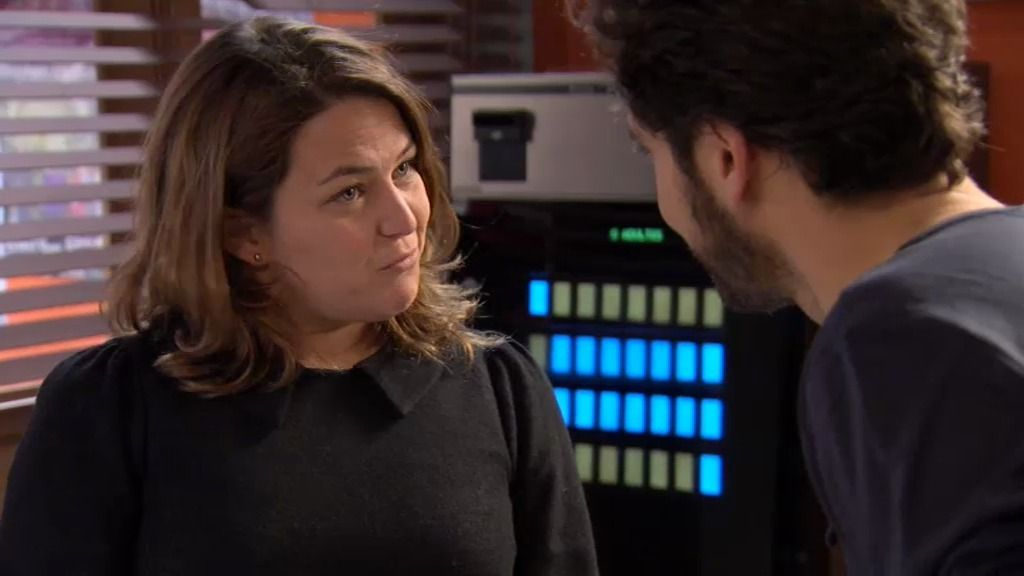 Lucía no quiere que Sergio se vaya…