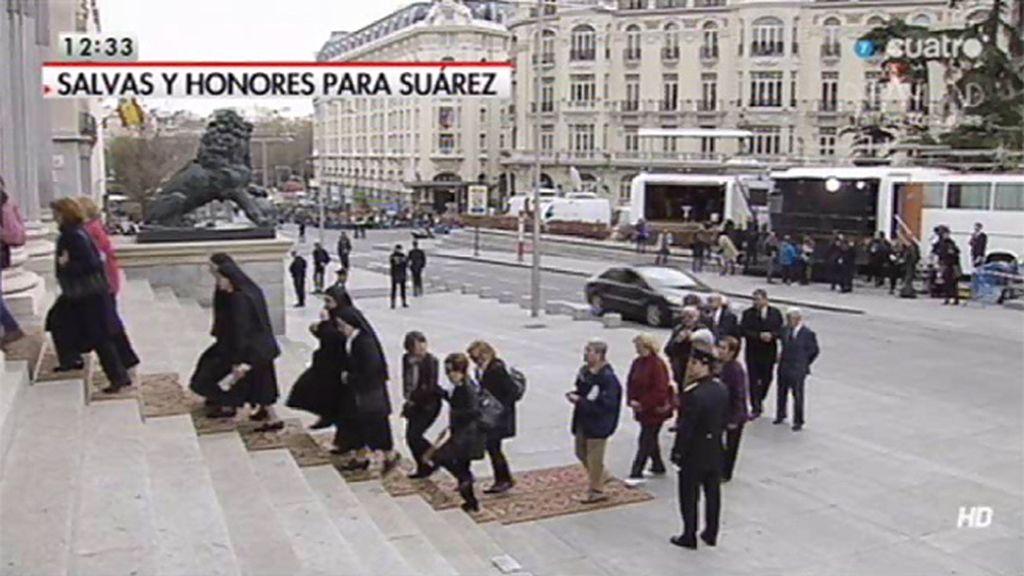 Los ciudadanos se despiden de Suárez