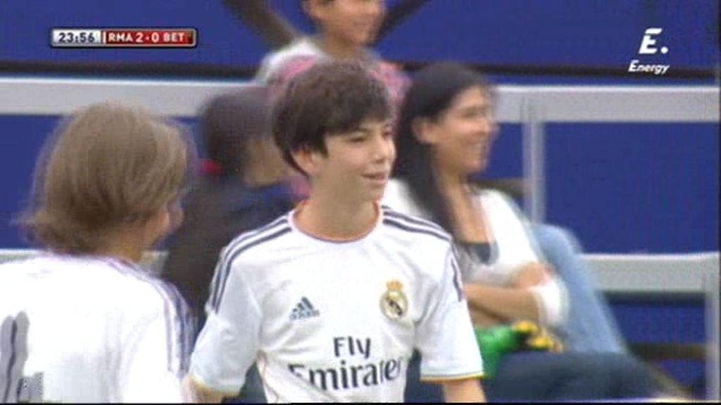 Teo, el hijo de Zidane, marcó el 2-0 del Madrid frente al Betis