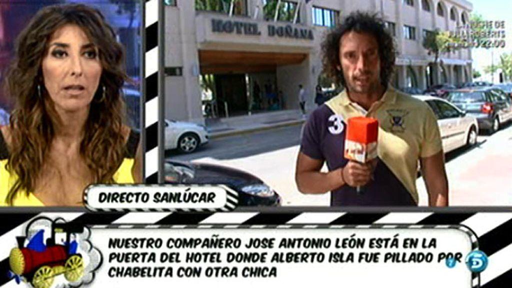 Chabelita habría esperado en un coche hasta ver cómo Alberto Isla entraba al hotel