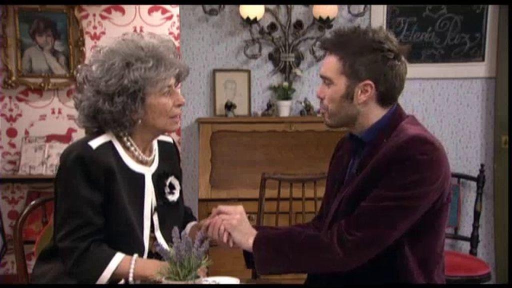 Simón pide matrimonio a la Duquesa de Malva en la tetería de su hermana Paz