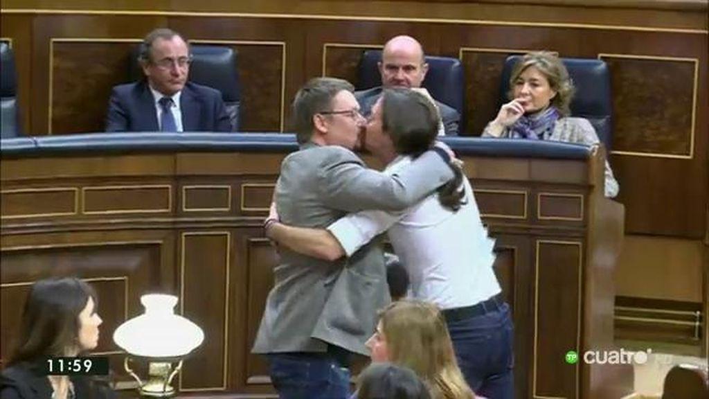 El beso de Iglesias y Domènech