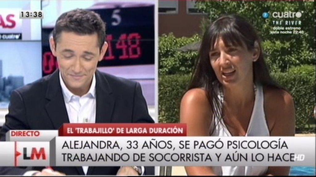 """Alejandra: """"Tengo dos trabajos y un máster, pero trabajo como socorrista"""""""