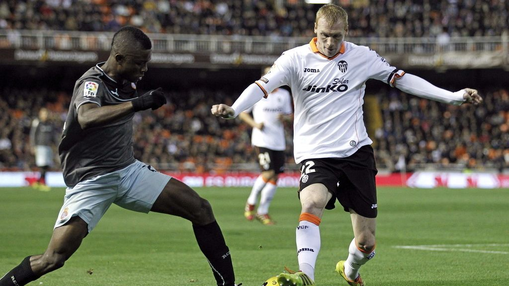 Mathieu mejora su actitud en el entrenamiento en el día D para su fichaje por el Barça