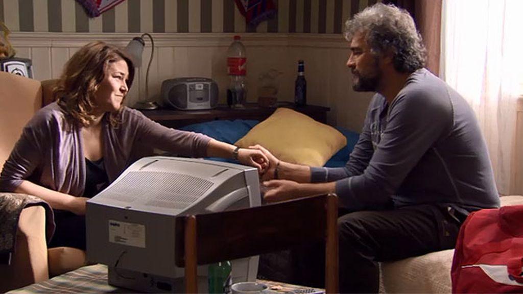 Lucía le canta las cuarenta a su padre