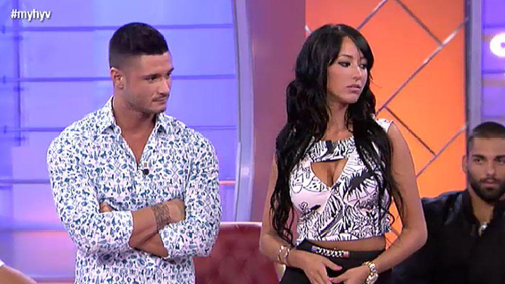 Aura, a quien se le relacionó con Kiko Rivera, llega para conquistar a Ángel