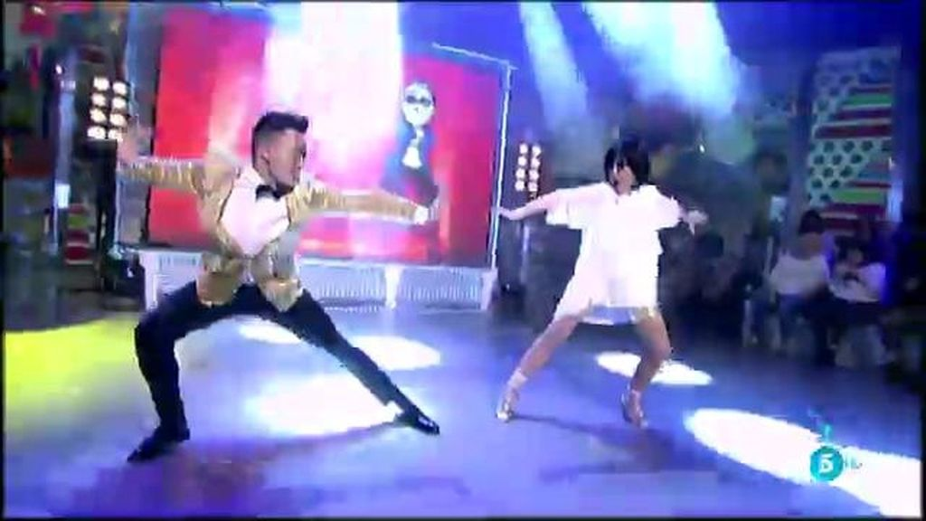 Lydia Lozano se atreve con la canción más famosa de internet, el 'Gangnam style'