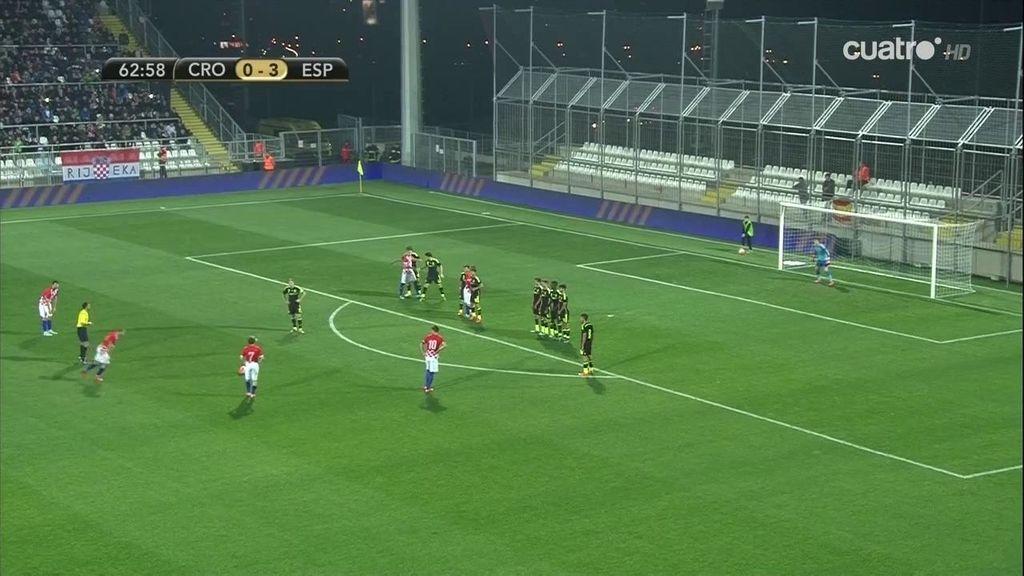 ¡Pasalic aprovecha el rechace de una falta y hace el primer gol para Croacia!