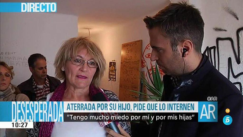 Maite pide ayuda para que ingresen a su hijo, que sufre esquizofrenia agresiva