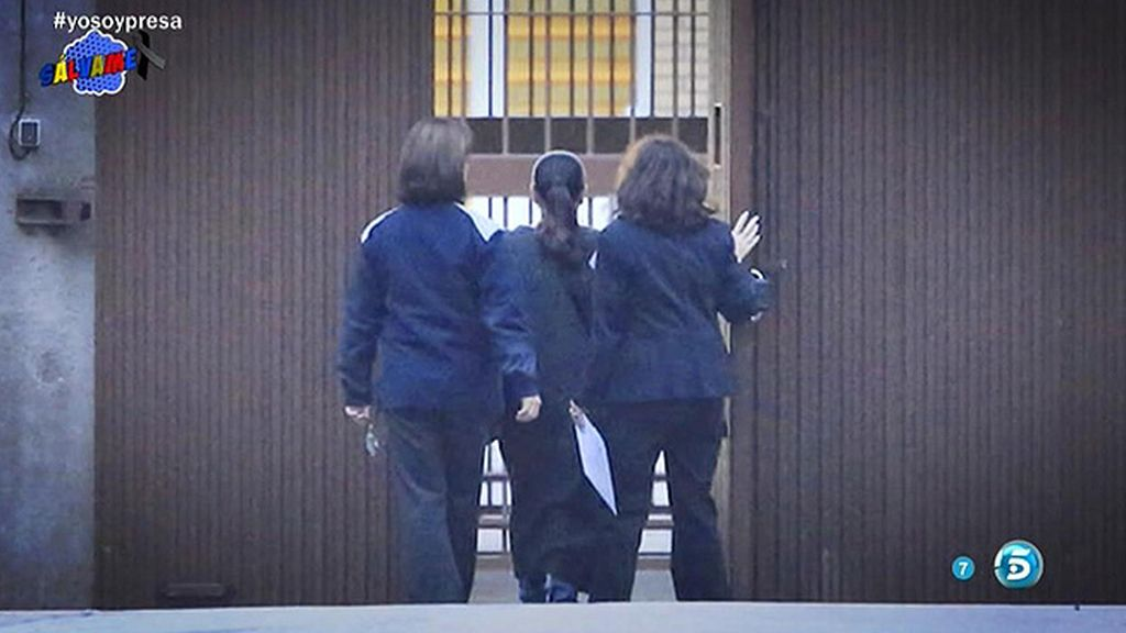 Las cámaras de 'Sálvame' captan el momento del ingreso en prisión de Pantoja