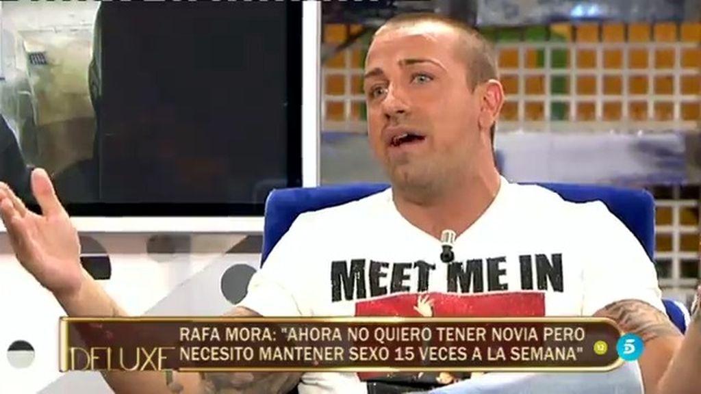 """El momento más 'hot' de Rafa Mora: """"Necesito tener sexo 15 veces por semana"""""""