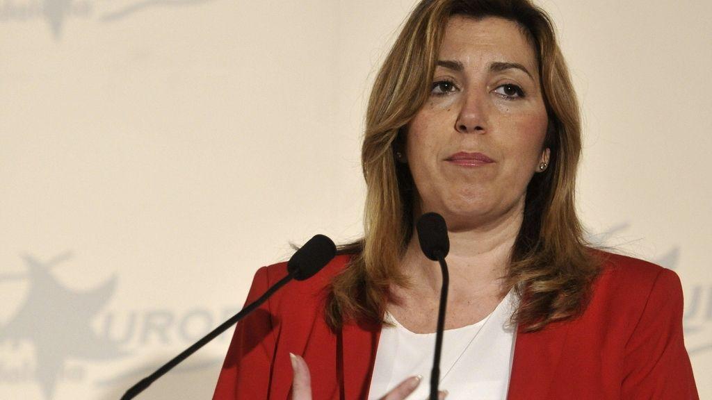 Susana Díaz rectifica y devuelve las competencias de vivienda a IU