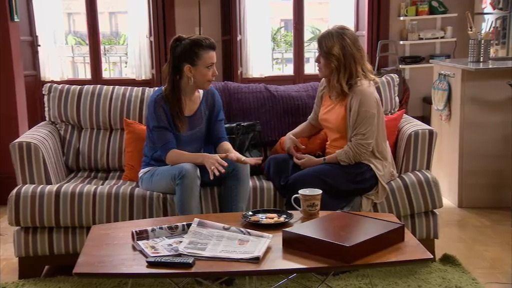 Lucía le pide a Lourdes que rompa su amistad con Ramón