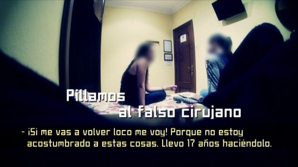 'Diario de' encuentra al falso cirujano que le inyectó silicona líquida a Raquel