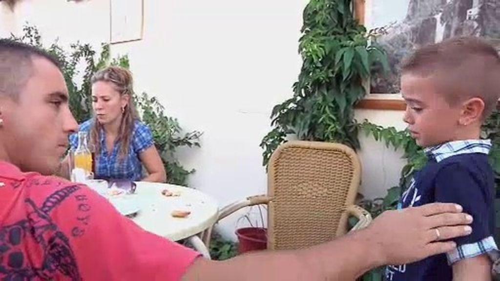 Dani pega a su padre y demuestra su mal comportamiento