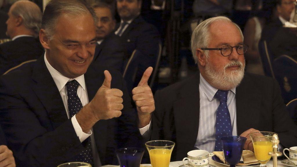 """Arias Cañete desmiente: """"Nadie está hablando de grandes coaliciones"""""""