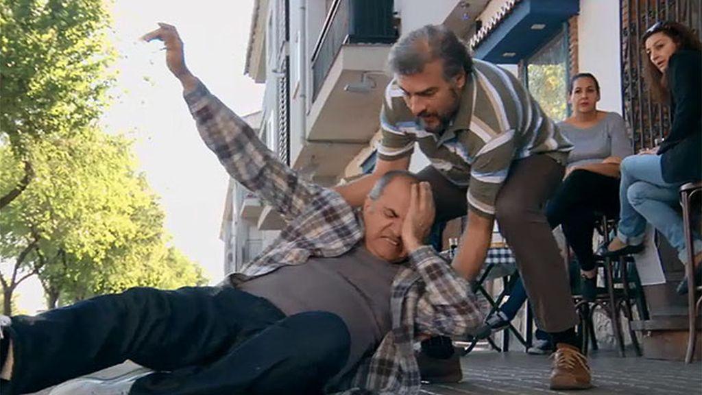 Zabaleta y Ángel juegan a los detectives