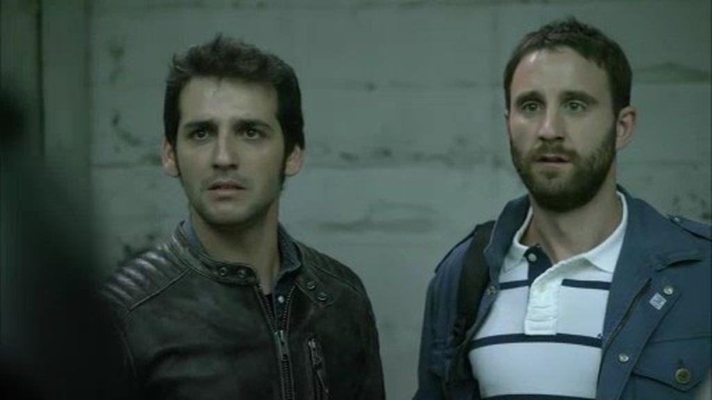 Juan y Mario, ¡en peligro por perseguir al peligroso grupo de 'los cobra'!