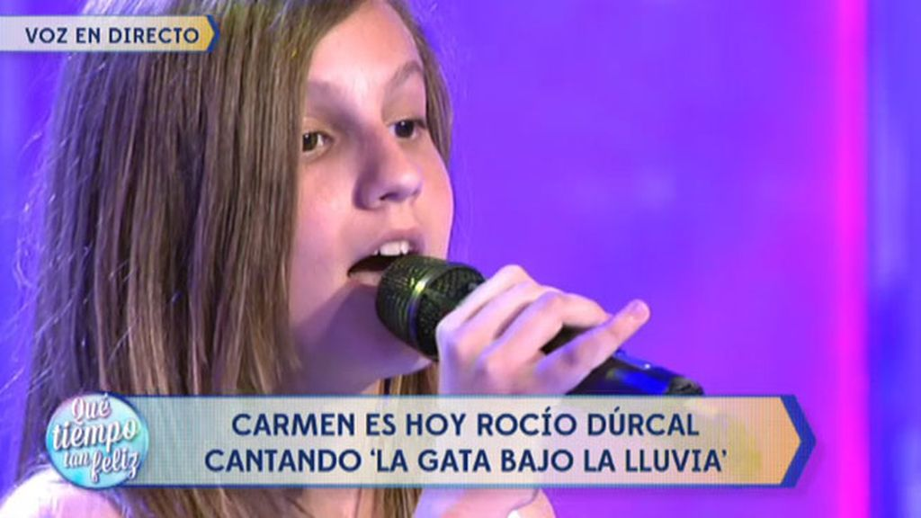 Carmen Navarro canta una canción de su ídolo: 'La gata bajo la lluvia', de Rocío Dúrcal