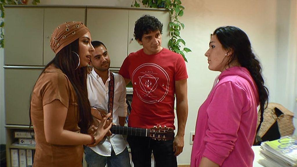 """La cantante Lya ayuda a Carolina: """"Hay que superar muchas barreras y luchar"""""""