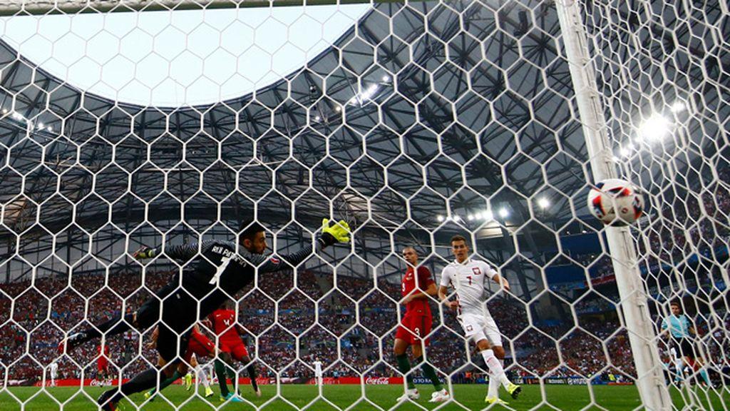 ¡El gol más rápido de la Eurocopa! Lewandowski hace el primero en el minuto 2