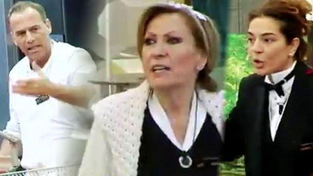 """Carlos, de Rosa y Raquel: """"Las echaba de la tele, que monten una peluquería"""""""