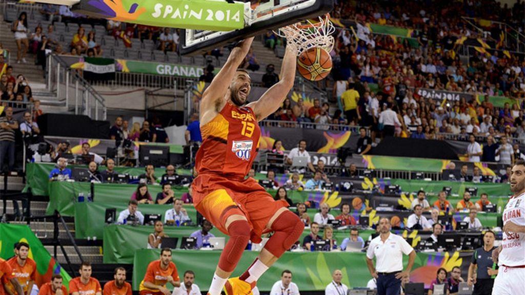 Los Gasol machacan la canasta de Irán en el estreno en el Mundobasket
