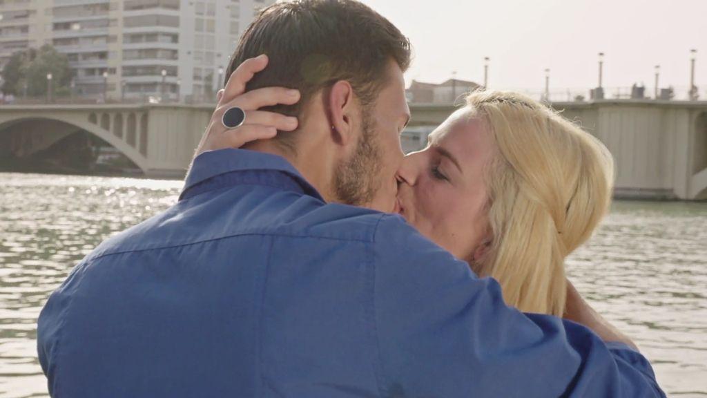 Salva y Manoli perdonan sus celos y traiciones y crean un nuevo hogar