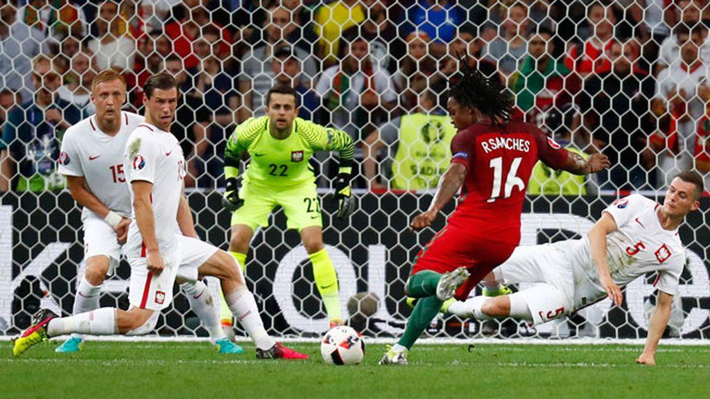 ¡Gol de Renato Sanches, con 18 años, que se echa a Portugal entera a sus espaldas!