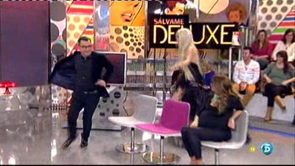 La Pelopony persigue a Jorge Javier por el plató de Salvame Deluxe