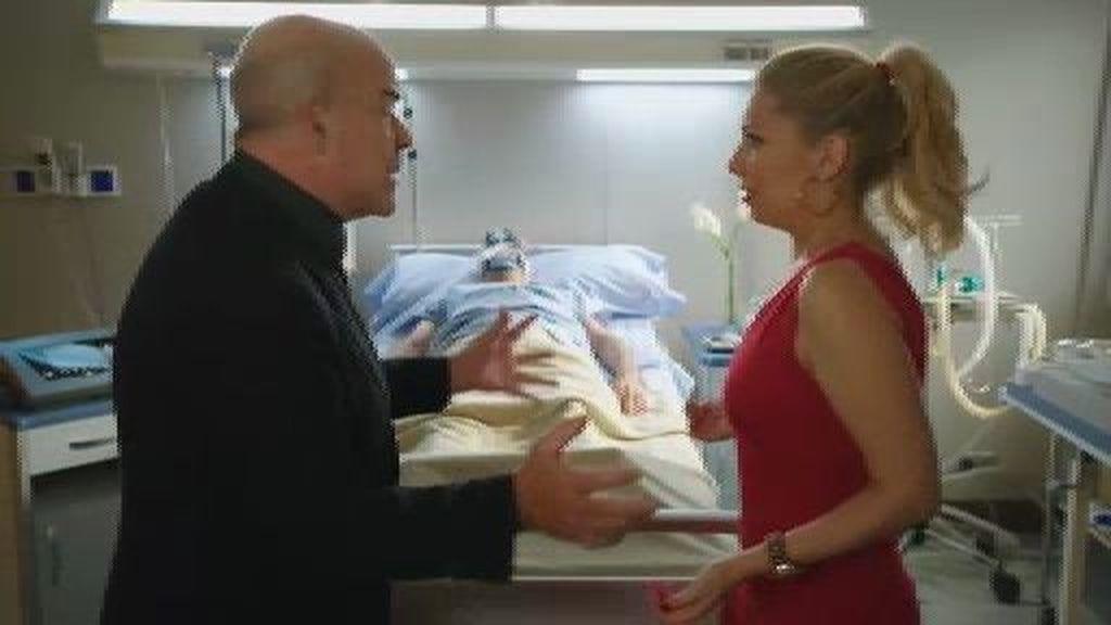 Gloria se quiere casar con Paco (en coma) para poder cobrar la herencia