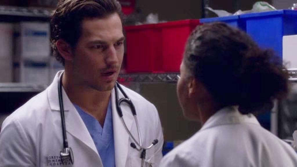 Maggie preocupada por DeLucca, mientras Grey no entiende que su relación sea secreta