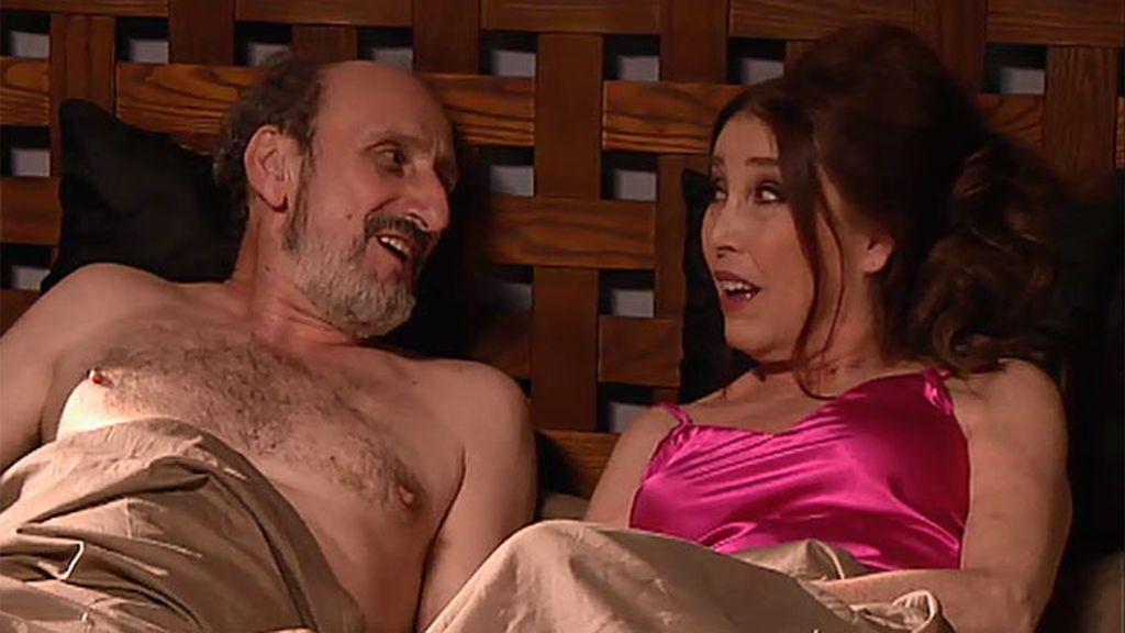 Romance en el Consistorio: Enrique y la alcaldesa comparten cama...