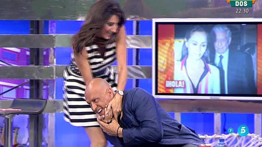 ¡Paz Padilla le planta un beso en los morros a Kiko Matamoros!