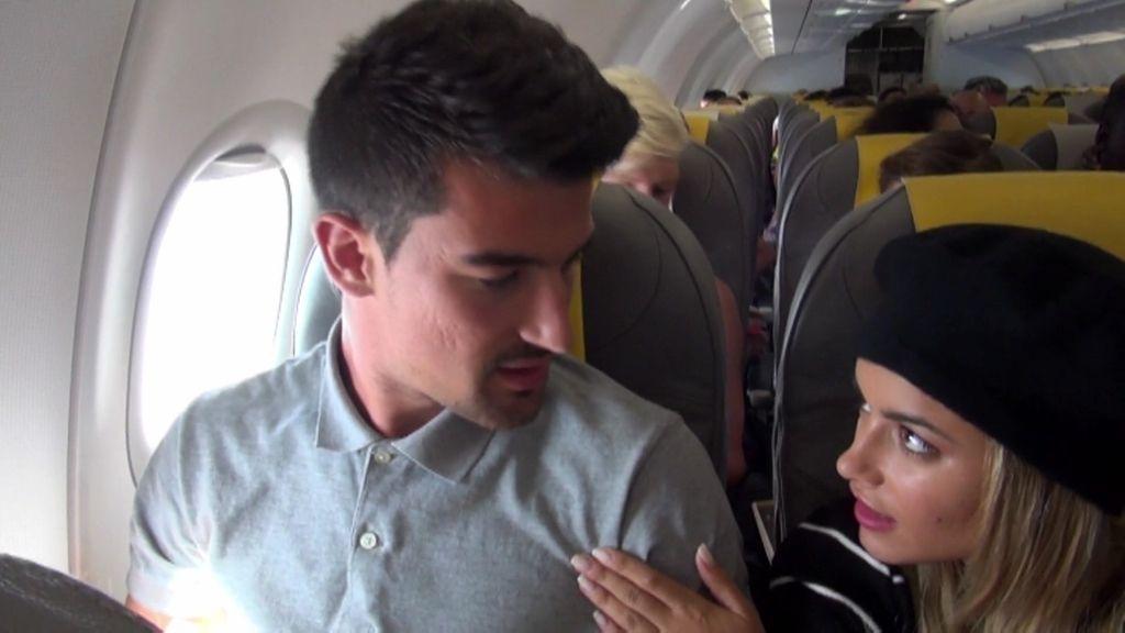 """El tenso primer viaje de Padilla en un avión y su alegría al aterrizar: """"¡Estamos vivos!"""""""
