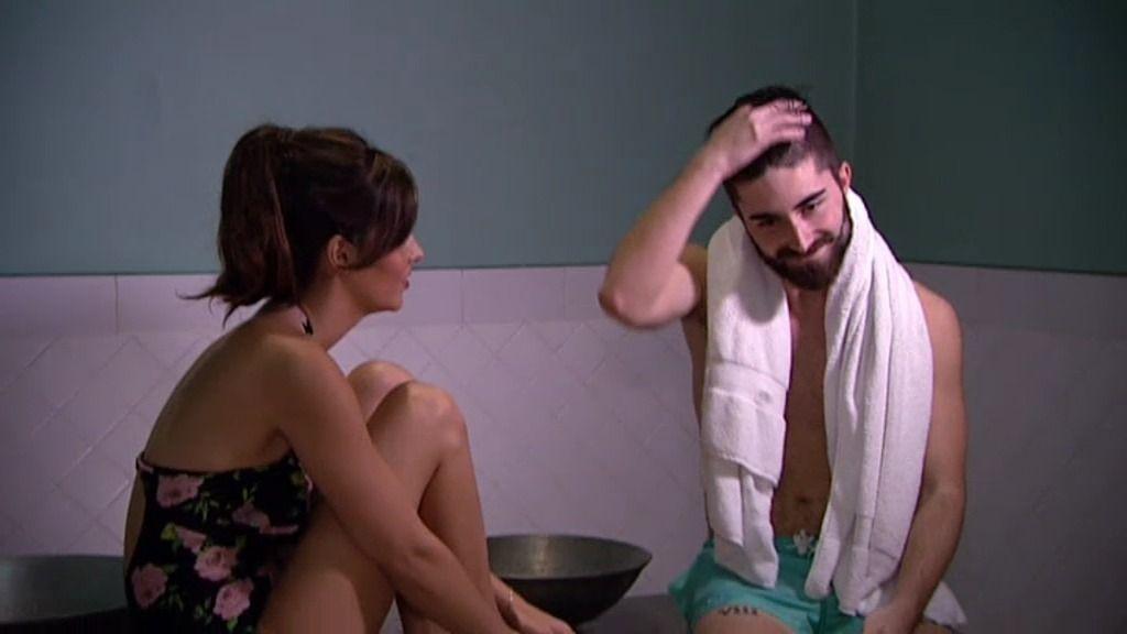 """Berto se confiesa con Laura: """"Todos fuera porque yo vengo aquí a por ti"""""""