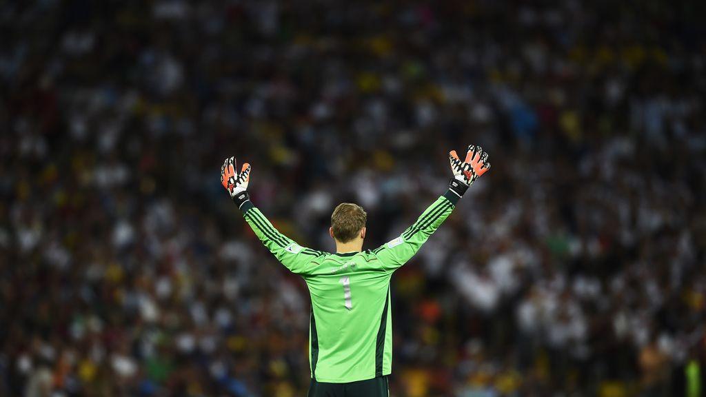 Neuer fue el maestro de ceremonia en la fiesta de Alemania en Maracaná