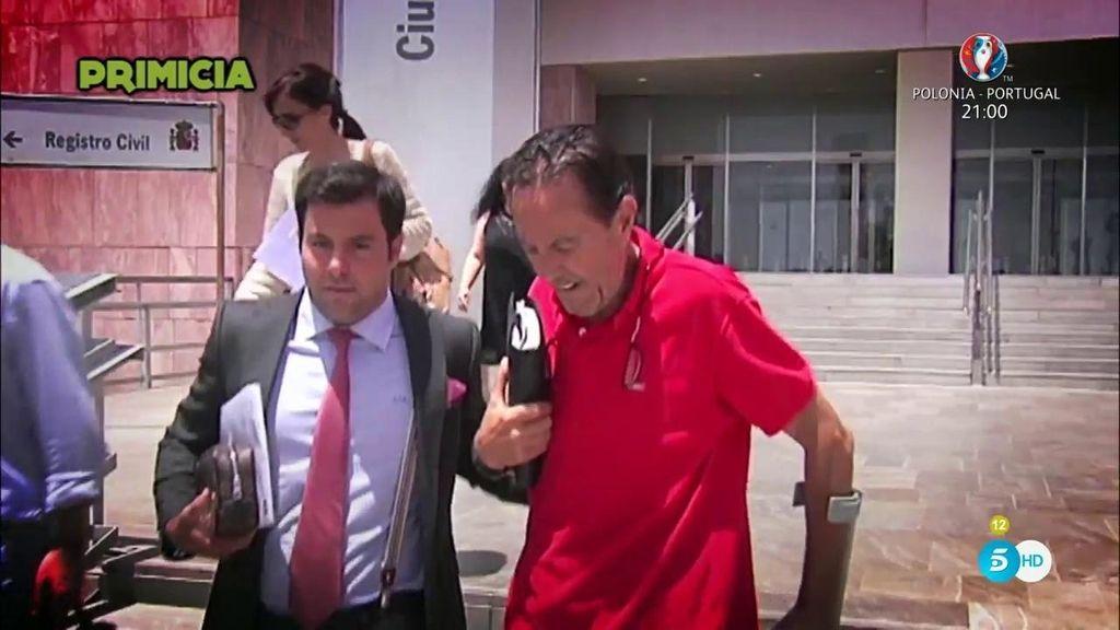 """Julián Muñoz: """"Que me dejéis tranquilo, me remito al comunicado de mi letrado"""""""