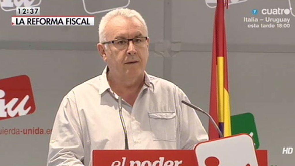 """Cayo Lara, sobre la reforma fiscal: """"El Gobierno nos está tomando por idiotas"""""""